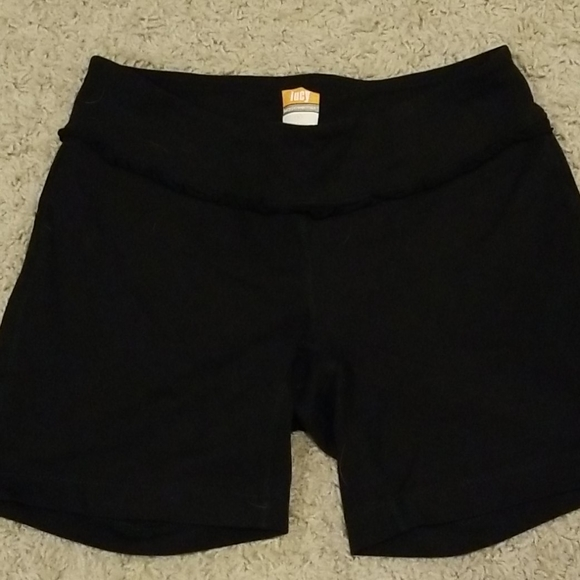 Lucy powermax shorts